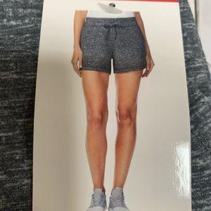 New 32 degress Gray pull on fleece Shorts